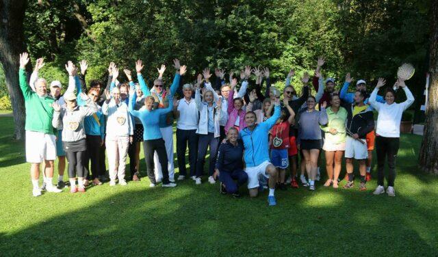 10. Charity Tennis Turnier